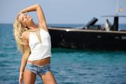 http://thumbs2.imagebam.com/e5/96/53/d6222d1048931604.jpg