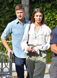 Taylor Hill - On the set of Extra in Universal City 1/24/19