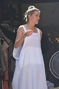 Amber Heard - Cleaning her garage in LA 7/30/2018 a72dc6932677544