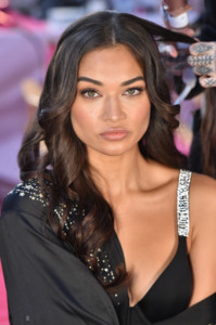 Shanina Shaik - 2018 Victoria's Secret Fashion Show in NYC 11/8/2018 5a04851026214824