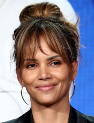 Halle Berry - Viacom Panel at the 2019 TCA Winter Press Tour in Pasadena 2/11/19