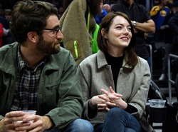 Emma Stone - Golden State Warriors v Los Angeles Clippers basketball game in LA 1/18/19