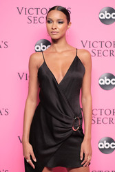 Lais Ribeiro - 2018 Victoria's Secret Viewing Party in NYC 12/2/2018 58f7ac1050725524