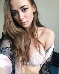 http://thumbs2.imagebam.com/e9/6d/dc/2a527a1068332584.jpg