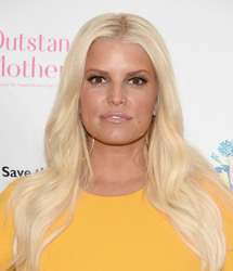 Jessica Simpson - 2018 Outstanding Mother Awards in NYC 5/11/18
