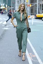 Megan Williams - Arriving at Victoria's Secret Fashion Show Callbacks in NYC 9/4/2018 012cff966308004