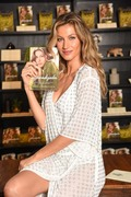 Gisele Bundchen - 'Lessons My Path to a Meaningful Life' Book Signing in Sao Paulo 11/10/18