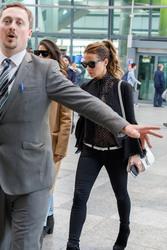 Kate Beckinsale - At Heathrow Airport 5/14/18