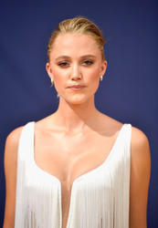 Maika Monroe - 70th Emmy Awards in LA 9/17/18