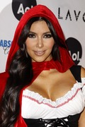 Kim Kardashian - Heidi Klum's 11th Annual Halloween Party in NYC | October 31st, 2010