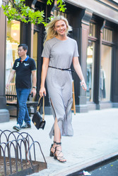 Karlie Kloss - Out in NYC 5/25/18