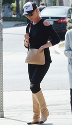 Katherine Heigl - Out in LA 9/4/18