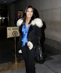 "Padma Lakshmi -                 Leaving ""Today"" Show New York City November 25th 2018."