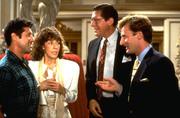 Большой бизнес / Big Business (Бетт Мидлер, 1988) E46cb4949983864