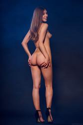 http://thumbs2.imagebam.com/f9/58/14/3954bd1053297504.jpg
