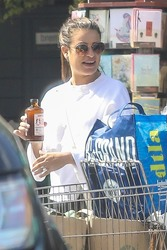 Lea Michele - At Whole Foods With Z - 10/07/2018