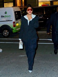 Rihanna - Out in NYC 1/13/19