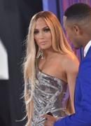 Дженнифер Лопез (Jennifer Lopez) MTV Video Music Awards, 20.08.2018 (95xHQ) Bb83be955996374