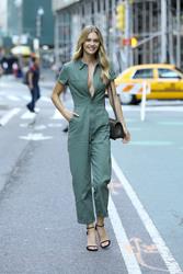 Megan Williams - Arriving at Victoria's Secret Fashion Show Callbacks in NYC 9/4/2018 c9be5b966308034