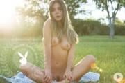 http://thumbs2.imagebam.com/ff/05/e7/7dbb4d657712503.jpg