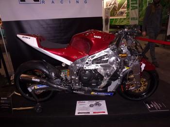 Salon Motocycliste de LYON. 6417c41334145657