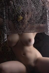 https://thumbs2.imagebam.com/0c/11/04/b83b3f1328572666.jpg