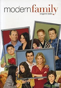 Modern family (2009) Stagione 1 [ Completa ] 4 x DVD9 COPIA 1:1 ITA ENG FRA