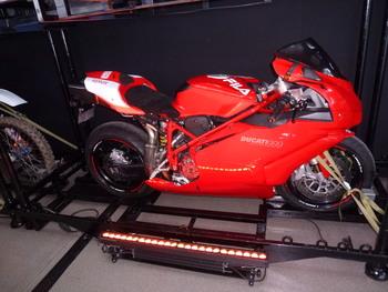 Salon Motocycliste de LYON. 53c1271334150724