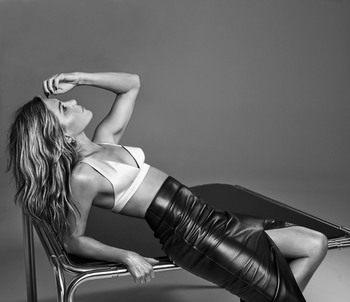 Jennifer Aniston 93dec21334062900