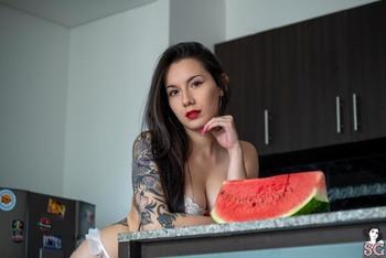Laurapr's Sexy Debut 2020