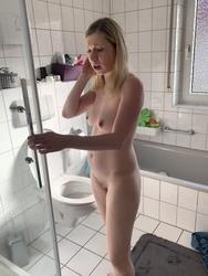 https://thumbs2.imagebam.com/2f/7b/d0/3aaca81356467128.jpg