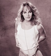 Хелен Хант (Helen Hunt) Photoshoot 1983 (7xHQ) 5e03561358783262