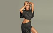 Jennifer Aniston : Very Sexy Wallpapers x 6