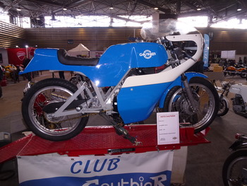 Salon Motocycliste de LYON. C5d2551334239382