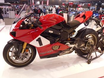 Salon Motocycliste de LYON. E40ec21334150744