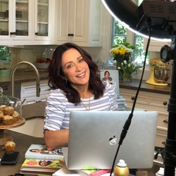 Patricia Heaton prepping for Monday Live