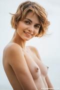 http://thumbs2.imagebam.com/50/f6/c5/15ab7c766840723.jpg