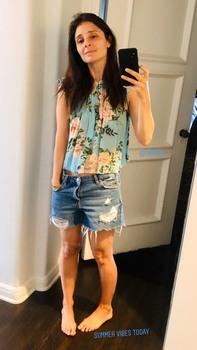 Shiri Appleby - Jean Shorts Selfie