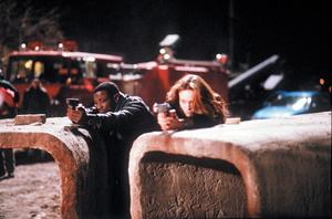 Убийство в Белом доме / Murder at 1600 ( Уэсли Снайпс, Дайан Лэйн, 1997) Bf4c3a1370771643