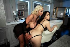 Valentina Nappi And Nicolette Shea - Backstage