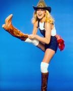 Шерил Лэдд (Cheryl Ladd) Harry Langdon Photoshoot 1982 (15xHQ) 6e58241358784251