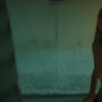 Olivia lonsdale nackt