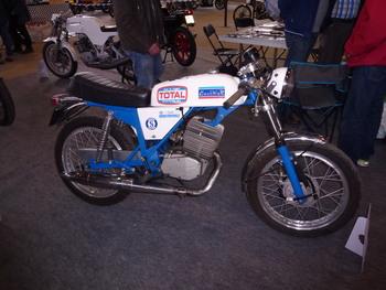 Salon Motocycliste de LYON. Fa51c21334239380