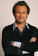 Кристиан Слэйтер (Christian Slater) Jeff Vespa Photoshoot 2006 (8xHQ) 5e75491353937873