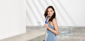 Gal Gadot -          Smartwater 2020 Adverts.