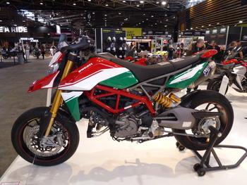 Salon Motocycliste de LYON. 70eeda1334150770