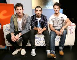 Jonas Brothers D257d31344639290