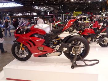 Salon Motocycliste de LYON. Ff1a951334150766