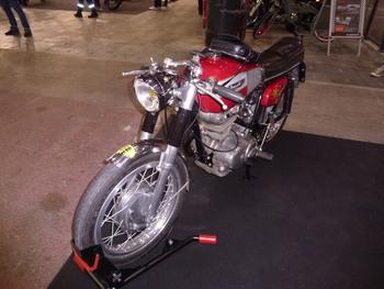 Salon Motocycliste de LYON. Ffc64e1334150806