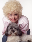 Барбара Уиндзор (Barbara Windsor) Mark Harrison Photoshoot (2xHQ) 63d88a1356752019